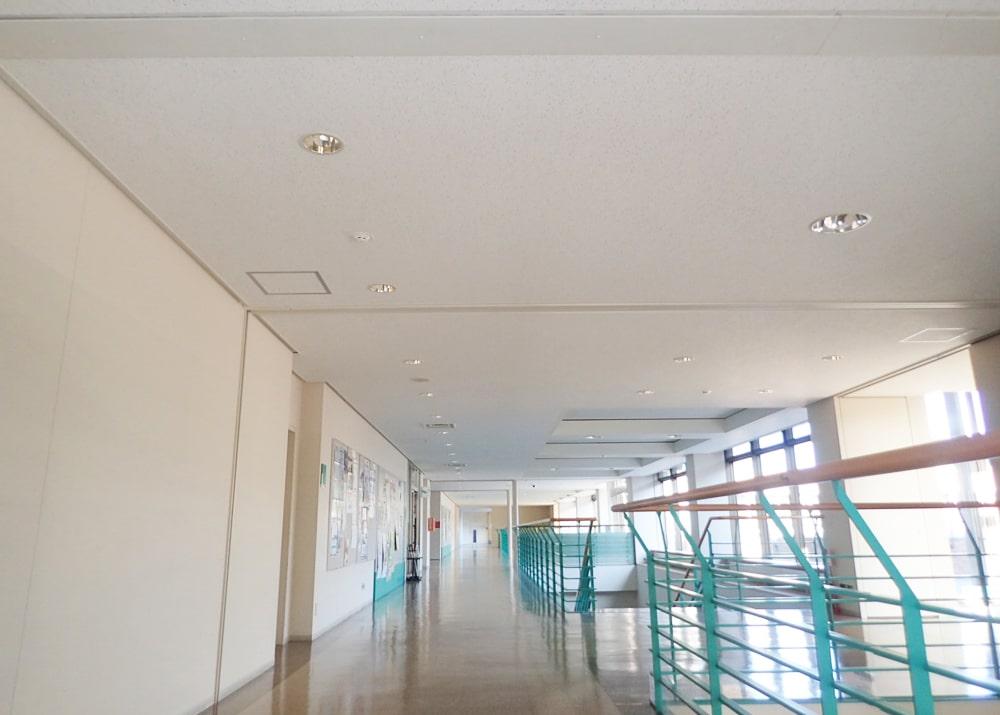 岩手県立大学様メディアセンター天井改修工事(令和2年度